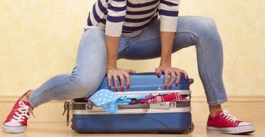 coussin de voyage ergonomique udream notre avis set valise. Black Bedroom Furniture Sets. Home Design Ideas
